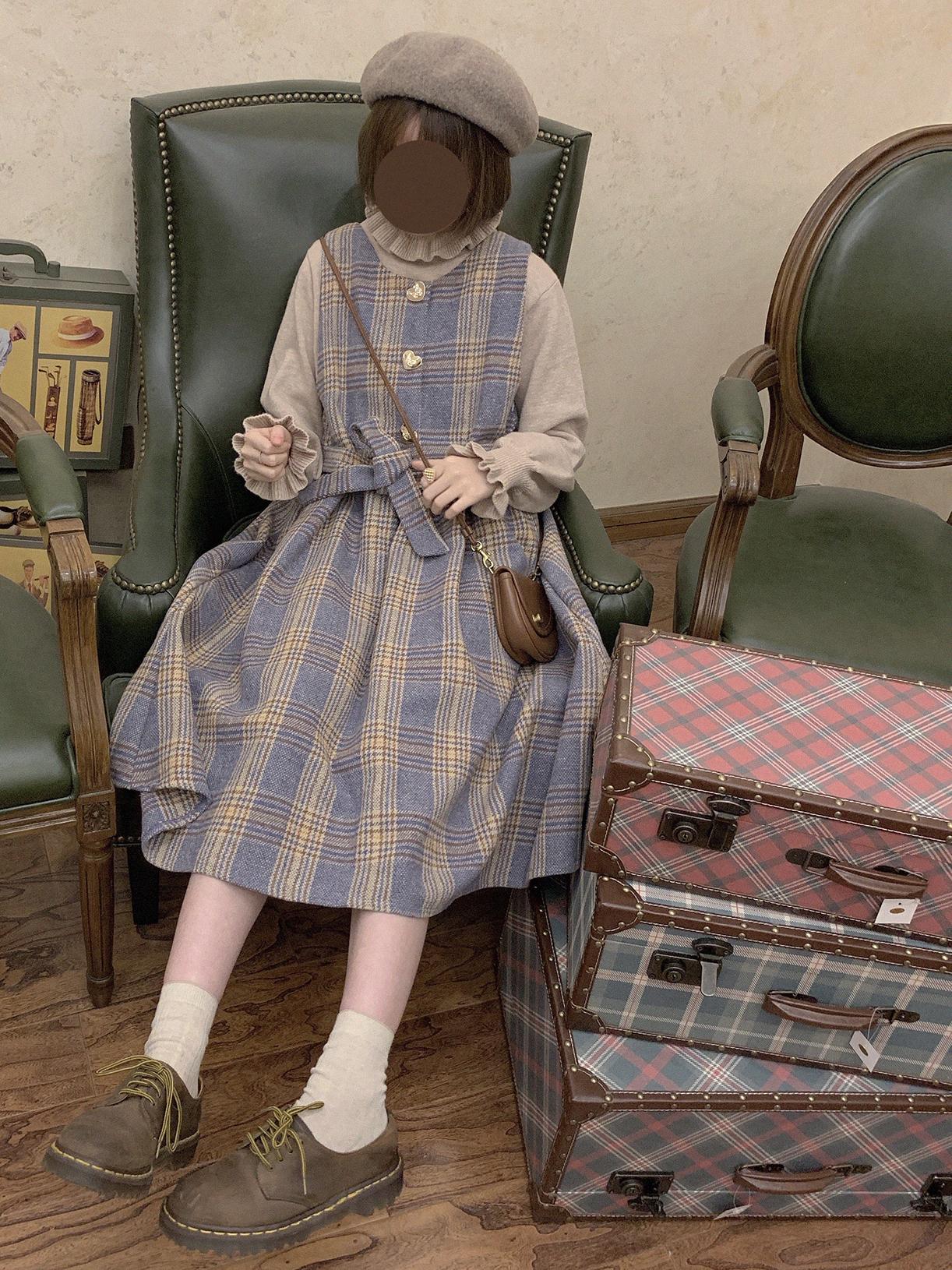 Labeau-双色堇-高腰呢子连衣裙女秋冬复古可爱格子刺绣毛呢背带裙