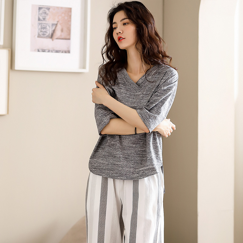 Womens pajamas spring and summer short sleeve Capris loose and comfortable Championship pure cotton home wear suit