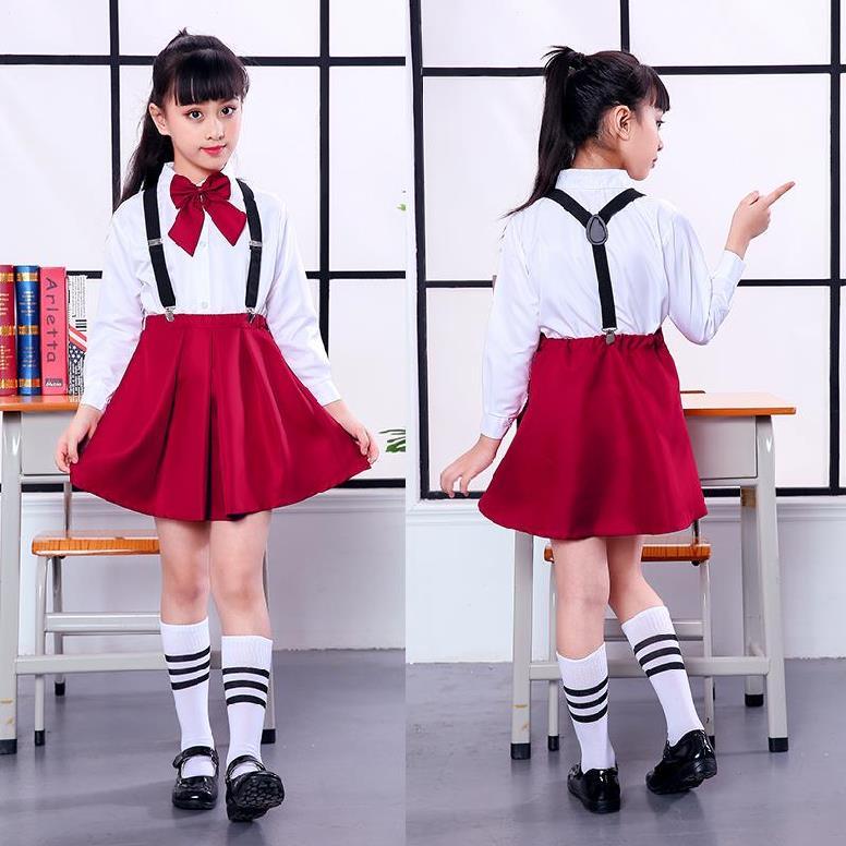校服里面穿什么好看:校服里面衣服搭配的步骤