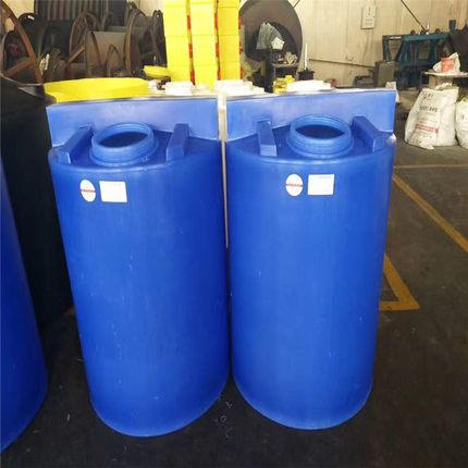厂家直供PE圆形加药桶水处理配套加药装置