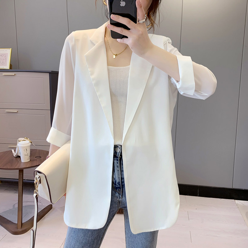 Chiffon small suit female summer white suit topper thin section casual temperament design small sunscreen jacket