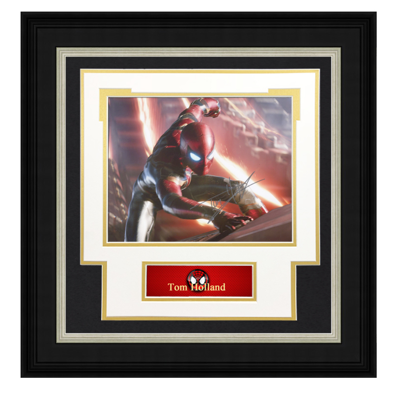 Collect Tom Holland Autographed Photo Framed with SA certificate Avenger alliance spider man