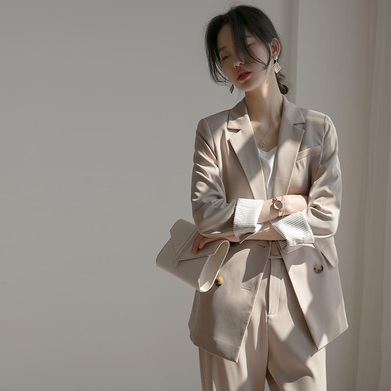 春装新款2021年职业套装小西装外套裤子女气质女神范两件套洋气