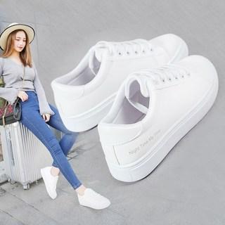 2019秋冬季新款街拍小白鞋女学生百搭平底运动休闲白鞋韩版女鞋子
