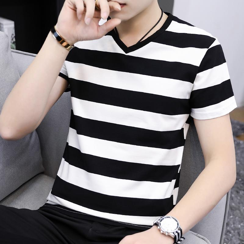 Mens short sleeve T-shirt black and white stripe V-neck Summer Cotton chicken heart collar half sleeve bottom coat student T-shirt fashion
