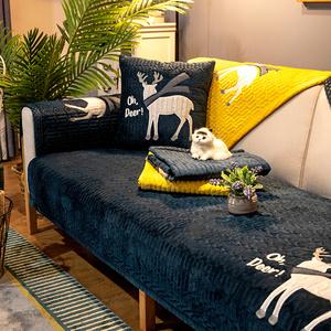 北欧简约沙发坐垫子四季通用防滑布艺真皮实木全包欧式万能套罩巾