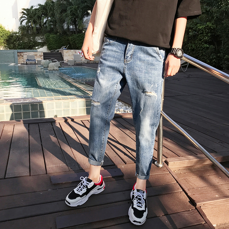 New mens Korean fashion loose wash fashion label Capris fashionable mens jeans with holes in 2019 summer