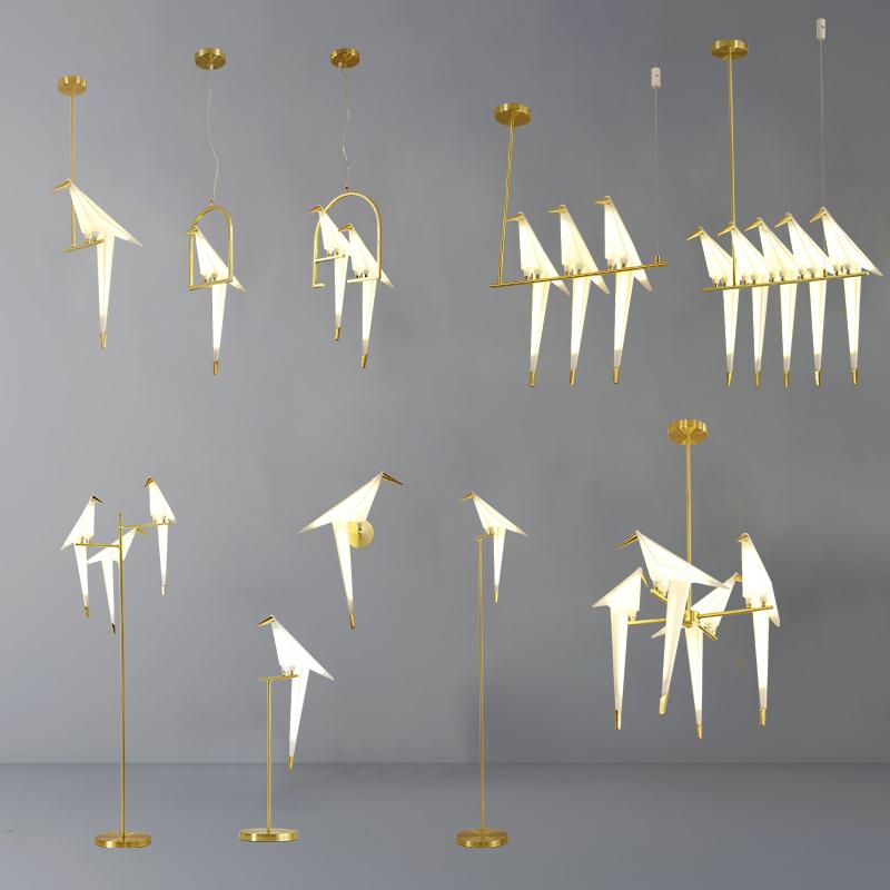 個性的な北欧のアクリル千羽鶴芸術吊灯のリビングルームのベッドルームのバーのデザイナーランプ