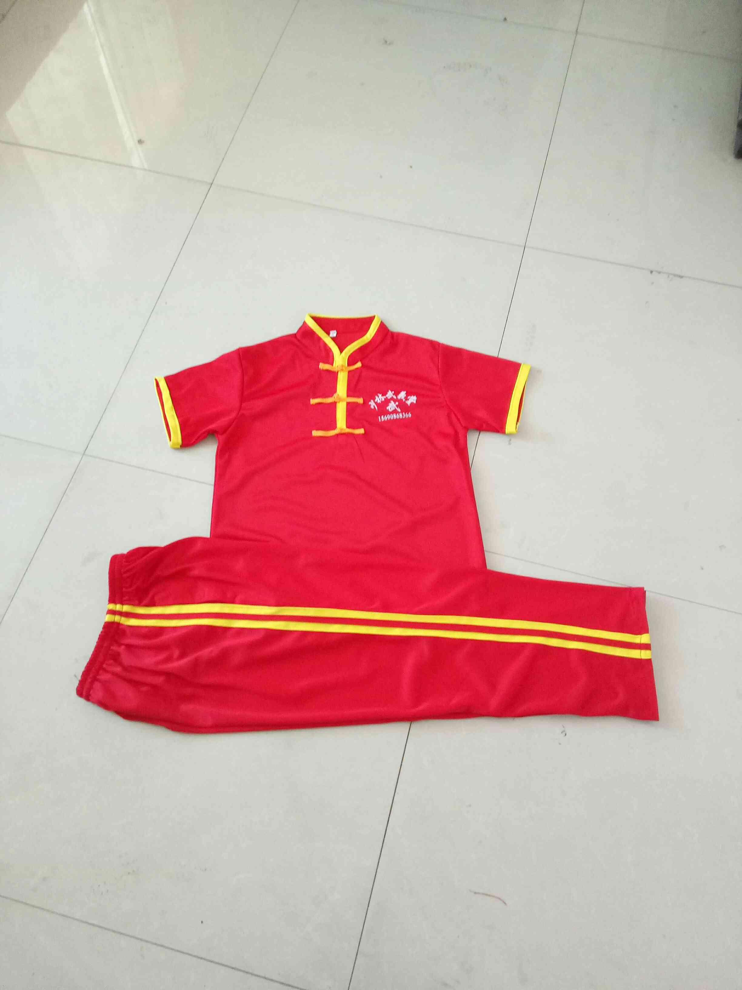 武術の制服夏の半袖ランニングフィットネス服薄い運動服のスタンドカラーの中国式バックルLOGO印の館名