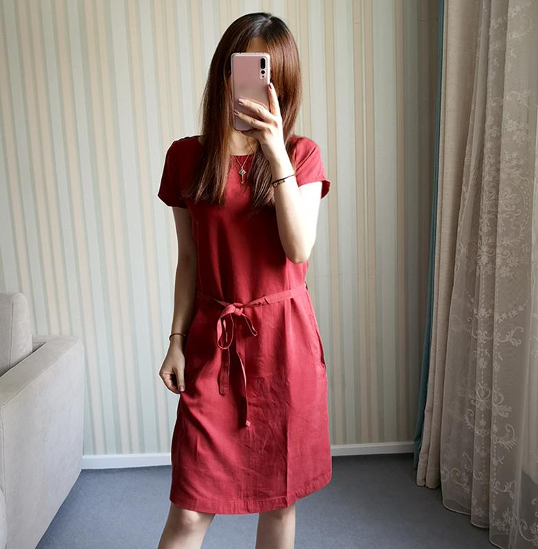 惊艳 显瘦气质优雅 细腻天丝圆领短袖连衣裙 通勤女装18夏季新款