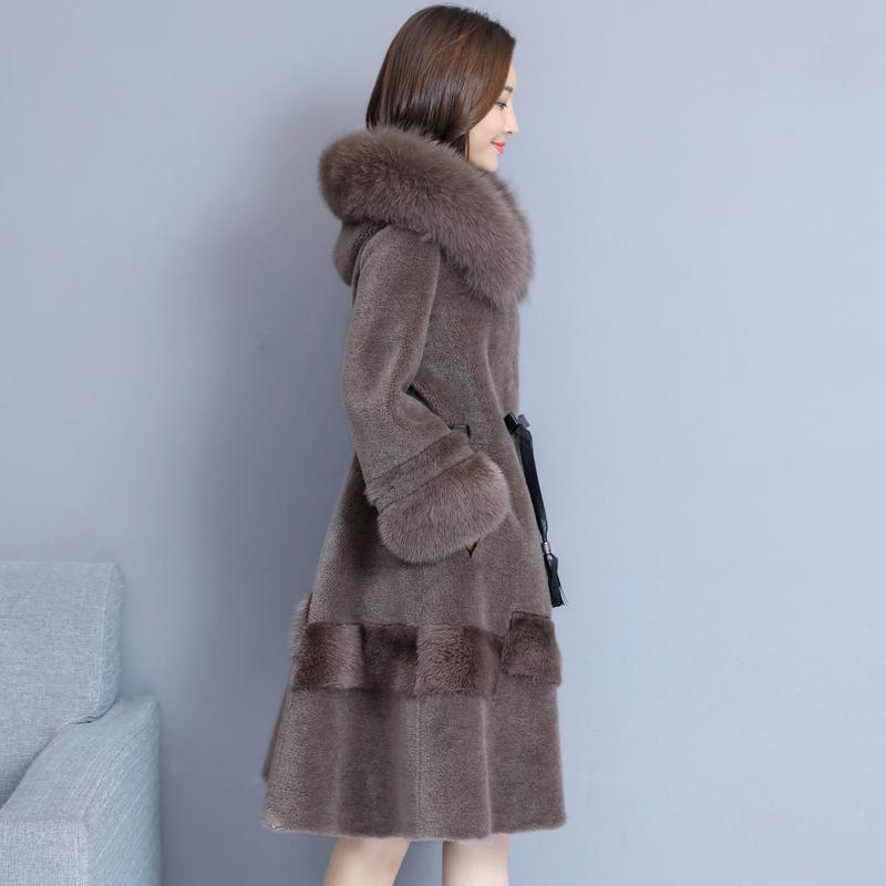 海宁皮草羊剪绒大衣女2021新款冬季狐狸毛连帽皮毛一体中长款外套