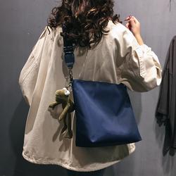 高级感法国小众小包包女包2020新款网红大容量托特包单肩包斜挎包