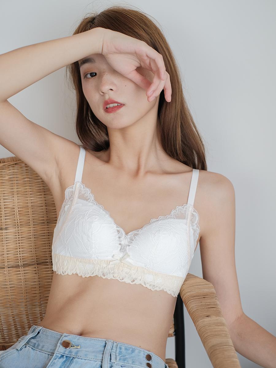 馨帮帮Bra 蕾丝拼色花边胸罩小胸内衣女无钢圈法式性感聚拢文胸
