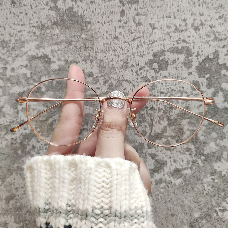 Ultra light pure titanium spectacle frame can be equipped with lenses, female face rose gold retro round frame, gold lace, short-sighted eye frame