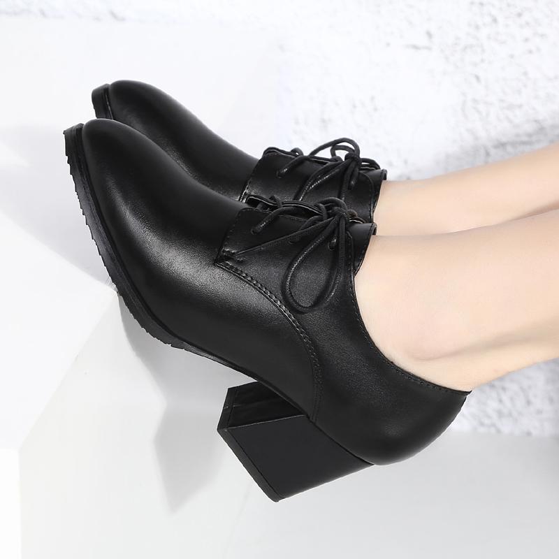 百丽茉莉2019秋冬新款粗跟尖头真皮中跟系带深口单鞋女大码工作鞋