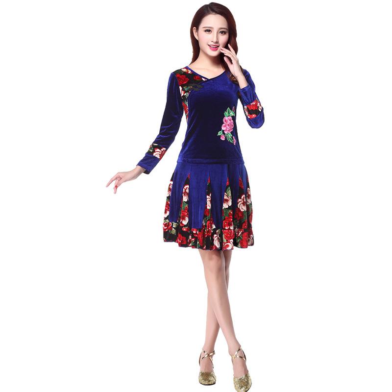 广场跳舞衣服新舞服装新款中老年舞蹈金丝绒套装秋冬运动套