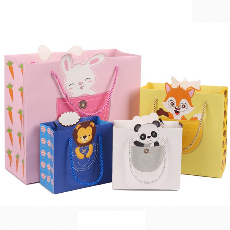 Kindergarten childrens birthday gift small gift bag cartoon small paper bag handbag lovely party return gift