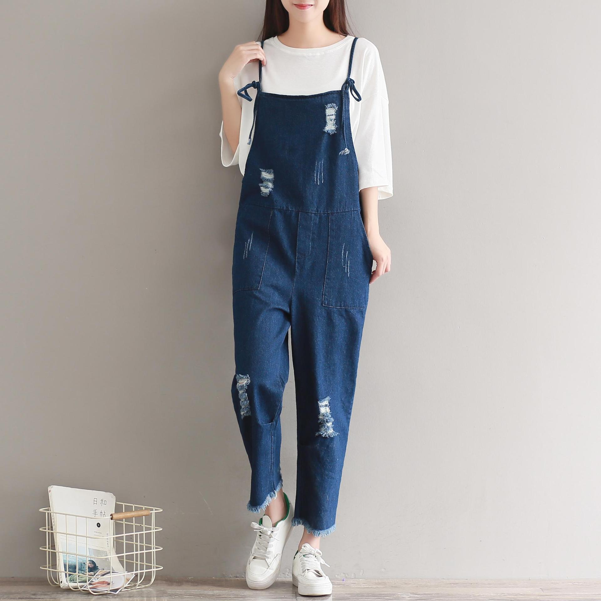 Spring and autumn Korean womens loose large fat mm hole strap jeans nine point suspender conjoined Leggings