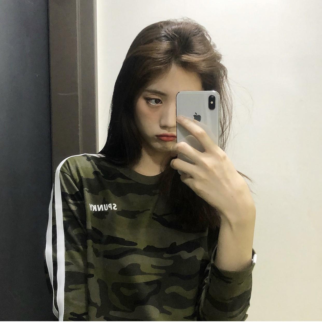 2019初秋韩国潮牌SPUNKY迷彩长袖T恤运动风圆领上衣女原宿学院风