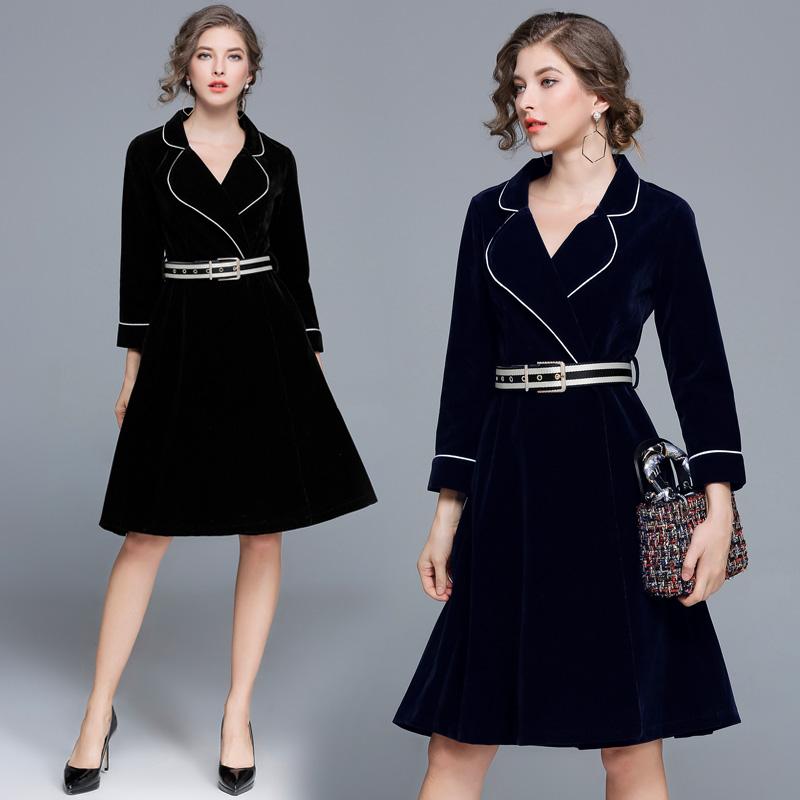 实拍现货3035#秋冬新款西装领撞色边系带收腰丝绒风衣式连衣裙