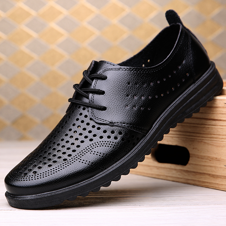 Summer breathable mens sandals hollow leather shoes mens shoes casual cool leather shoes hole shoes new antiskid leather shoes mens shoes