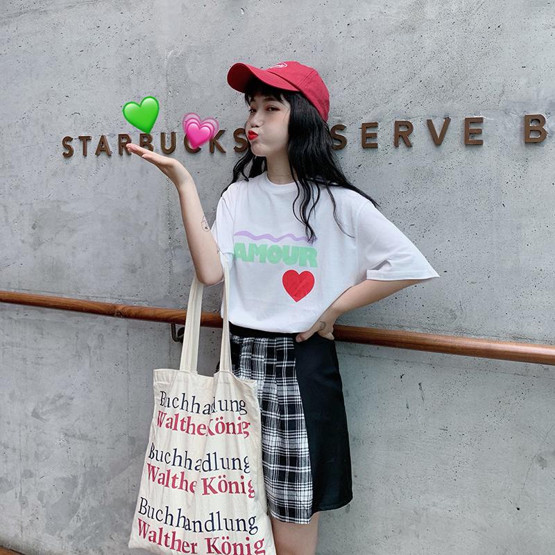 实拍实价韩版学生可爱宽松爱心圆领套头T
