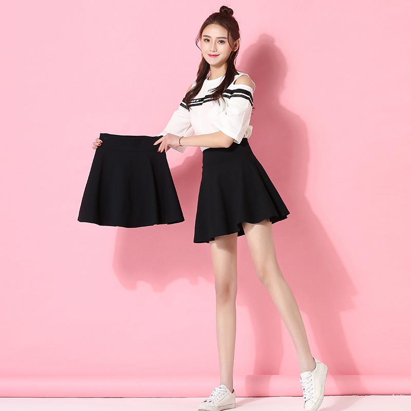 Black skirt women's spring and summer pleated skirt 2020 new autumn and winter high waist A-shaped puffy ins super hot short skirt