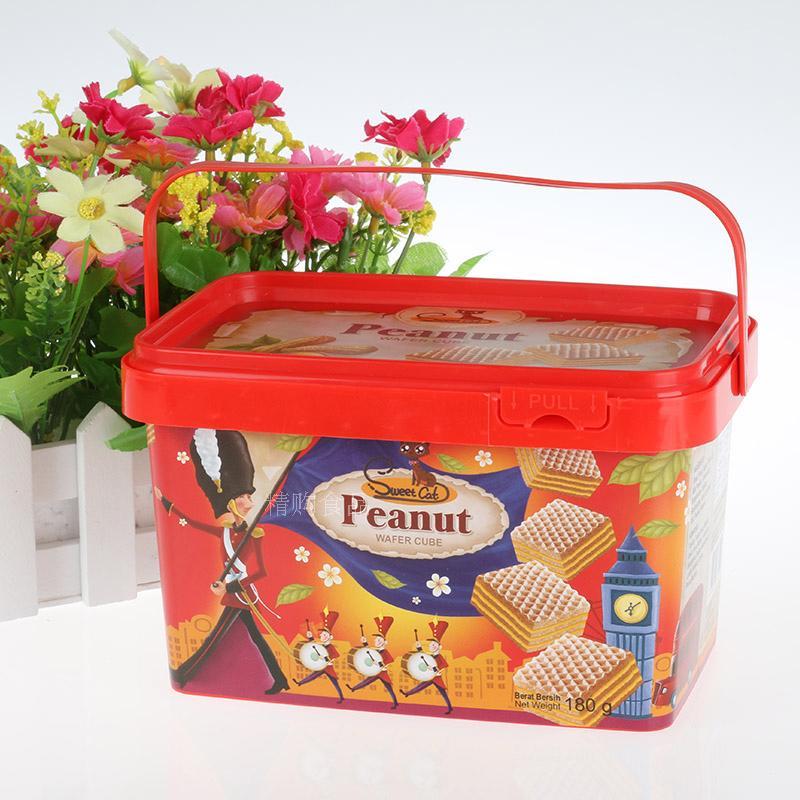 休闲零食印尼进口甜猫Sweet Cat花生味威化饼干180g/盒俩件包邮