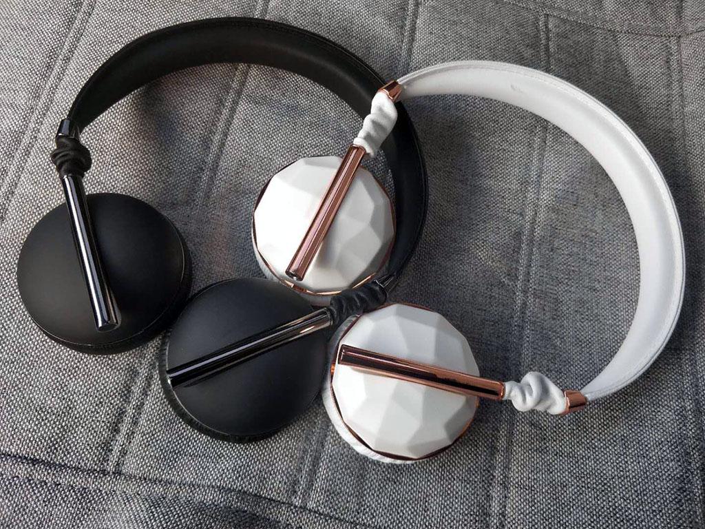 库存Caeden Linea N°1时尚金属几何宝石潘南奎同款头戴式耳机