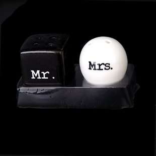 Boutique Round Cube Ceramic Mr.and Mrs.Salt Pepper Shakers