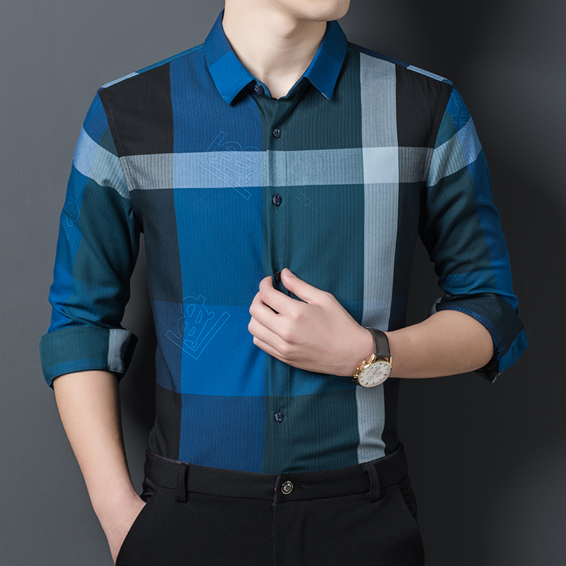 Mens gentleman style casual long sleeve slim Stripe Shirt Mens classic shirt in spring and autumn 2020