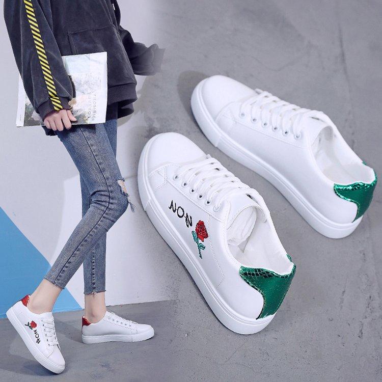 小白鞋女2019春季新款韩版百搭平底女鞋子厚底板鞋学生春款休闲鞋
