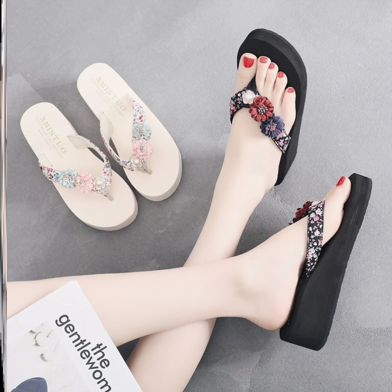 Slip resistant and comfortable slope heel fairy song cake thick bottom beach beach shoes beach show thin slippers women light and popular