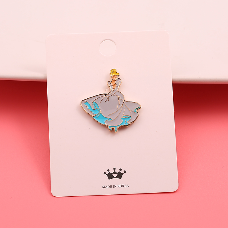 Korean version lovely little fairy Brooch micro seal Princess collar needle coat sweater coat schoolbag