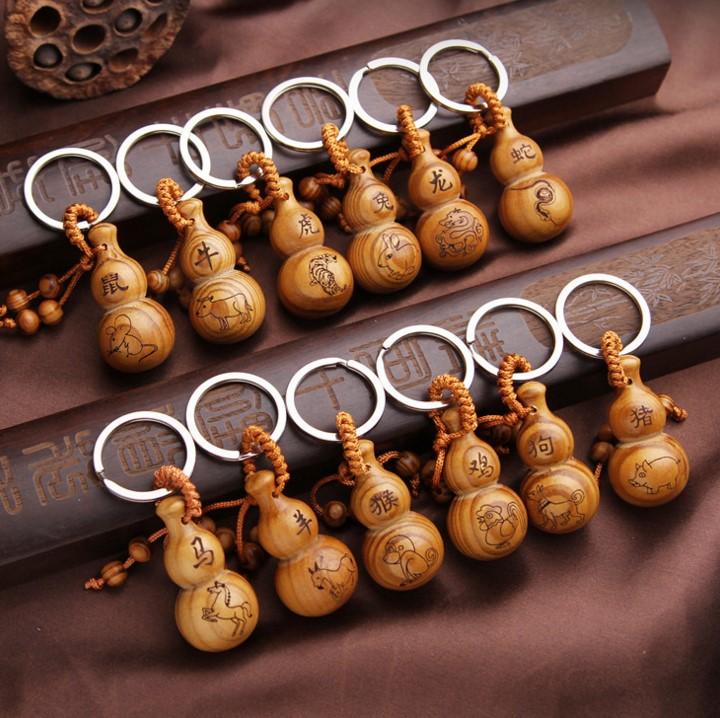 包邮开光松木葫芦挂件十二生肖摆件天然实木雕刻儿童辟邪保平安