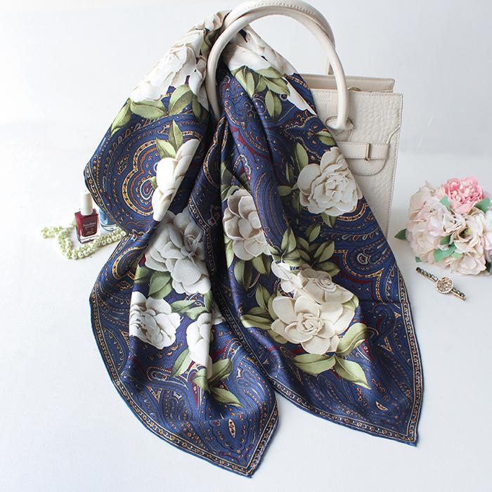 温柔蓝紫色!山茶花与佩斯利花纹斜纹真丝丝巾 春夏围巾 方巾披肩