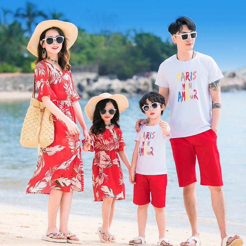 三亚泰国海边度假长裙海滩旅游衣服情侣装母女亲子一家四口沙滩装