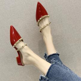 2020春季懒人尖头粗跟平底百搭铆钉包头半拖鞋女夏凉拖鞋外穿时尚