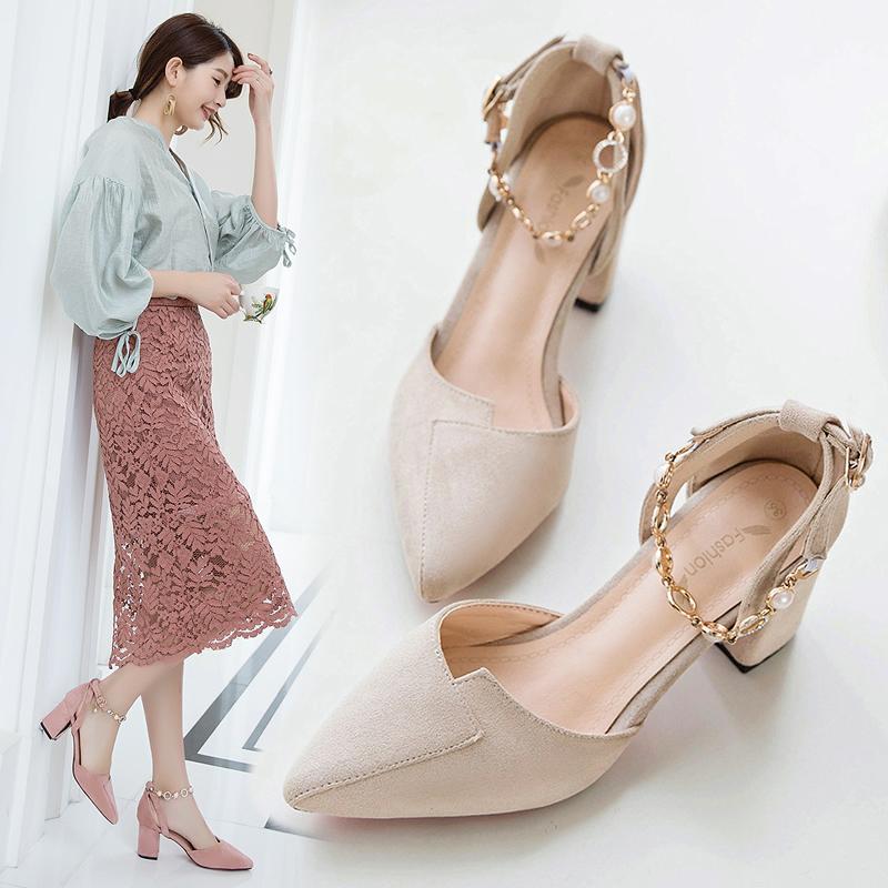 单鞋女2019新款一字扣高跟鞋粗跟百搭性感女鞋春季猫跟尖头鞋子潮