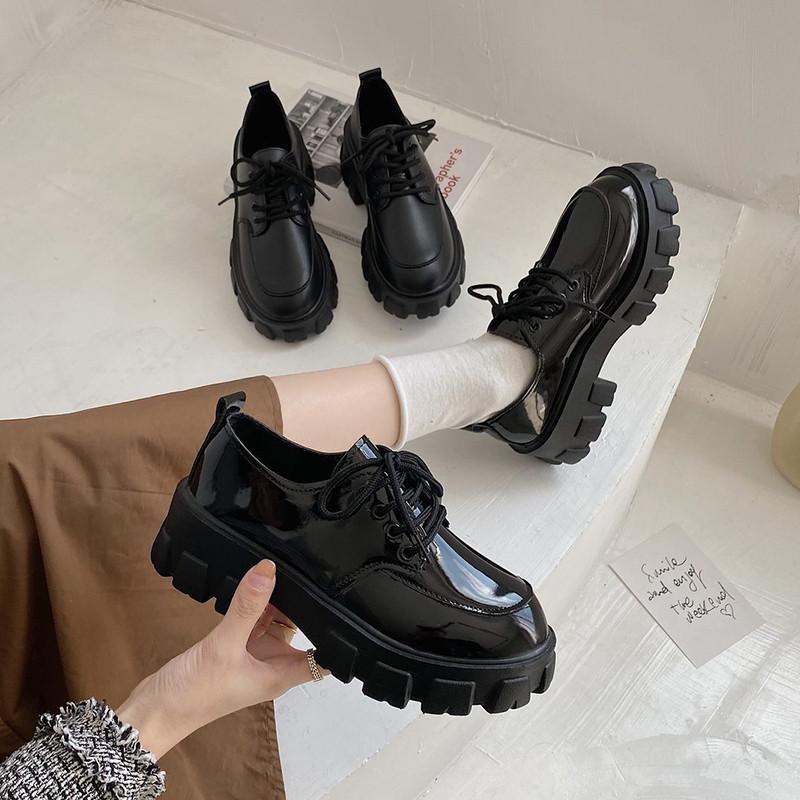 漆皮小皮鞋女英伦风2021年春季系带黑色单鞋学生百搭网红厚底jk鞋