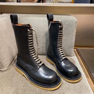 2020欧美秋冬新款厚底粗跟系带马丁靴女网红英伦风侧拉链骑士靴女