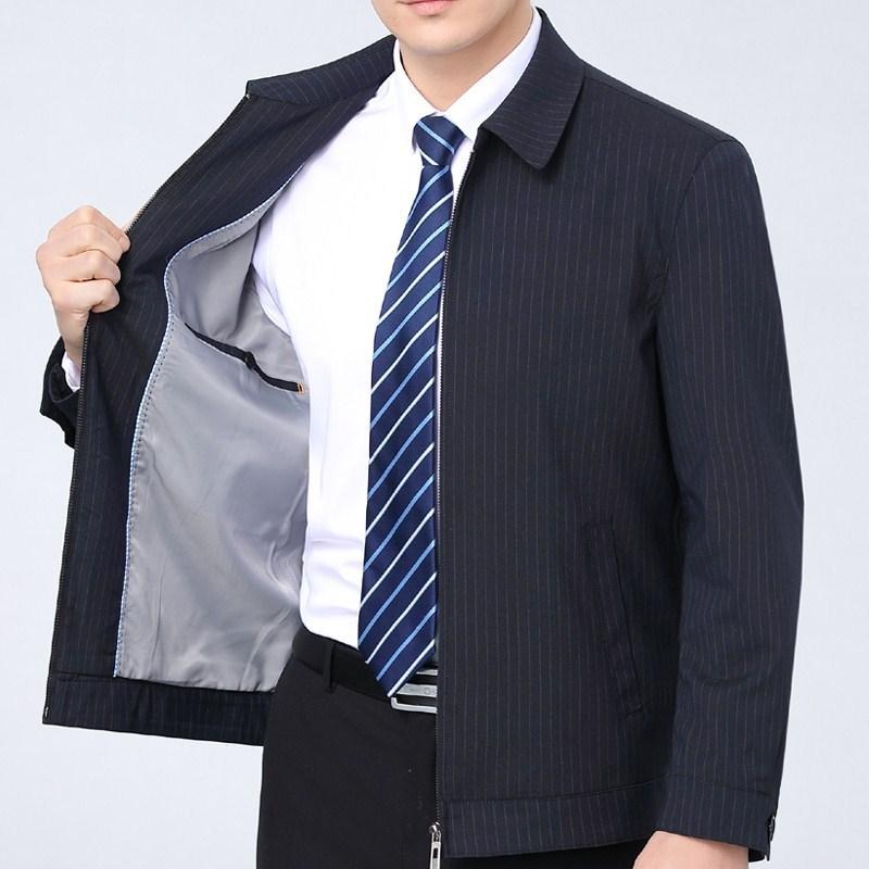 ボースのオフィシャル規格品の男性用ジャケットは熱くなくて水洗いしてしわに抵抗します。