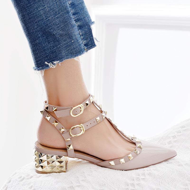 欧美夏季新款V家矮跟铆钉尖头凉鞋平中跟粗跟孕妇大小码包头女鞋