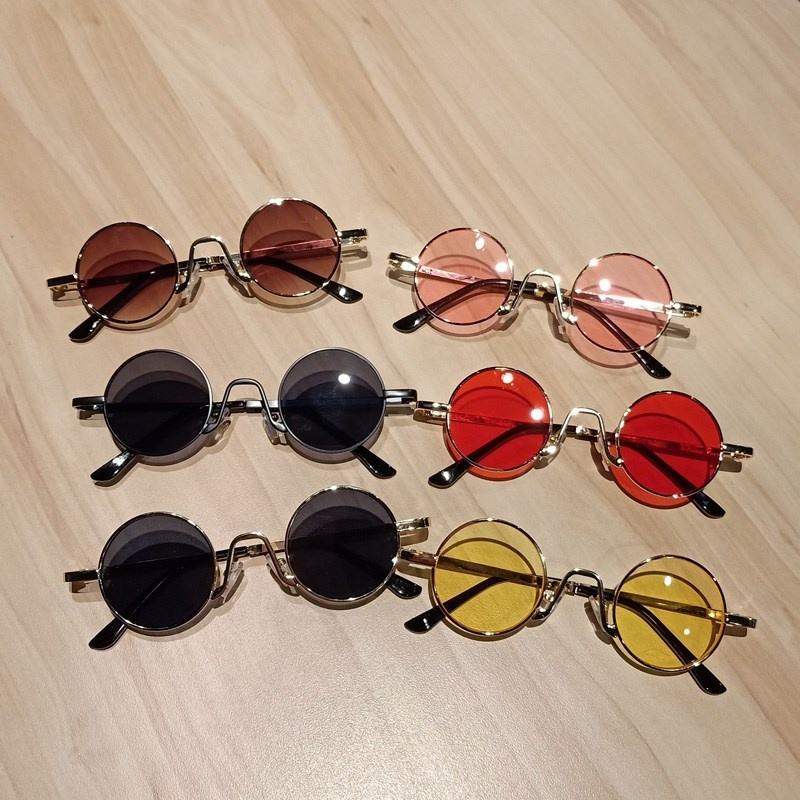 Childrens sunglasses are equipped with sunscreen fun gifts summer studio boys kindergarten can fold childrens folding light