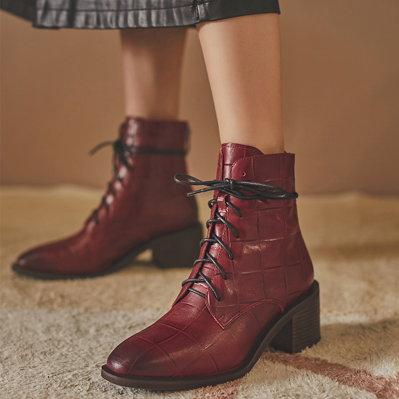 Retro Martin boots womens British style thin breathable autumn lace up Martin boots womens short boots ins womens fashion leather