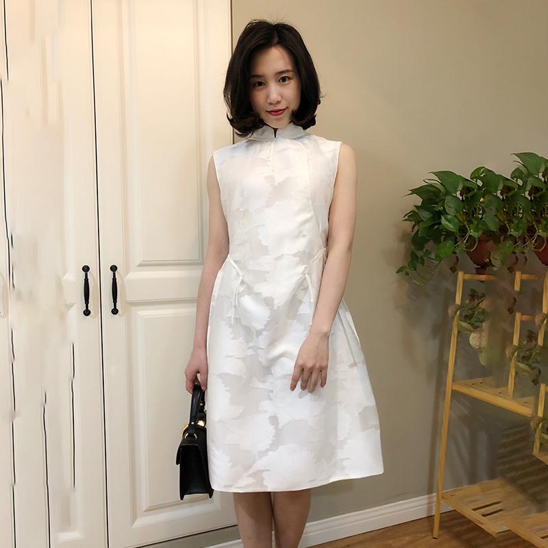 夏家风 明星款新中式复古欧根纱提花显瘦修身无袖旗袍连衣裙女