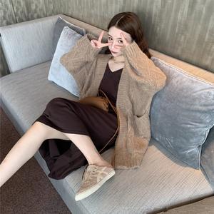 初秋新款2019网红女神小香风洋气高冷轻熟风御姐毛衣套装裙两件套