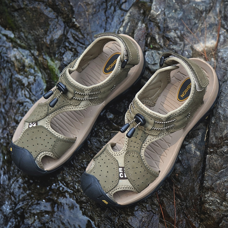 Summer sandals mens real leather bag head beach shoes non slip outdoor casual shoes mens large hollow soft sole breathable and waterproof