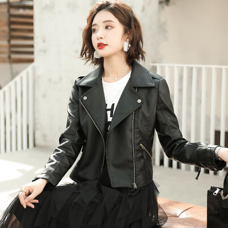 Early spring 2020 new Haining Leather Women's Korean slim leather jacket soft leather large plush locomotive short coat