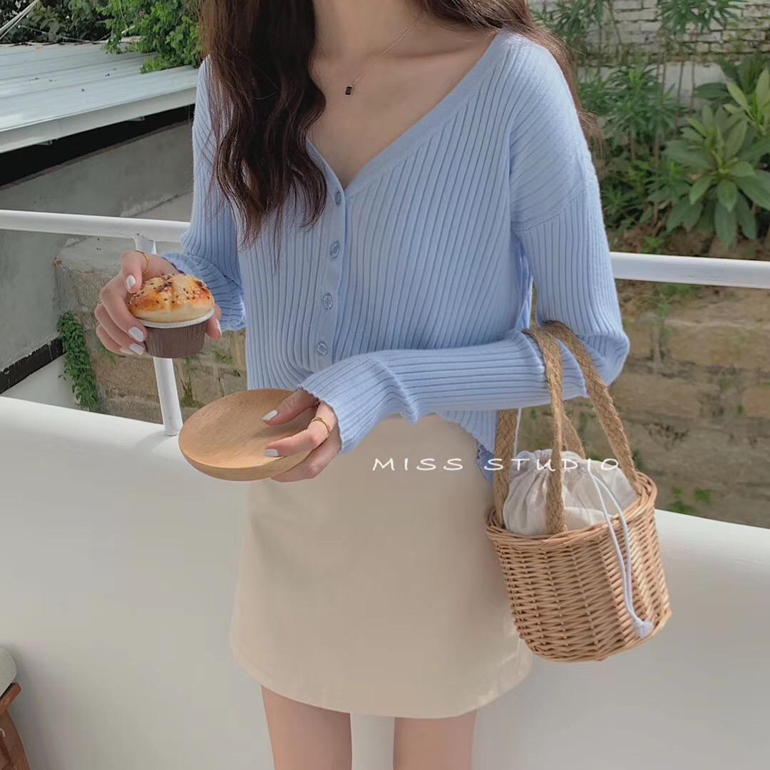 MISS同款BM开衫女针织上衣2020春装新款法式软奶蓝毛衣女坑条外套图片